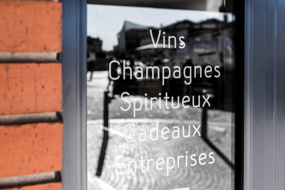 la-clef-des-vins_cave_albi_travail_metal_signaletique_entree
