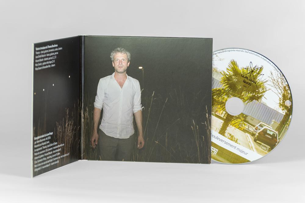 le-flegmatic-bouleversement-majeur-album-design-graphique-et-photographie_inside-(2)