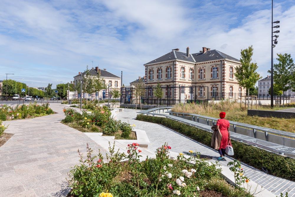 amenagements_urbains_parvis_musee-gendarmerie_melun_brangier-waegeman_architectes (6)